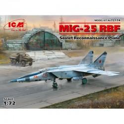 MiG-25 RBT.
