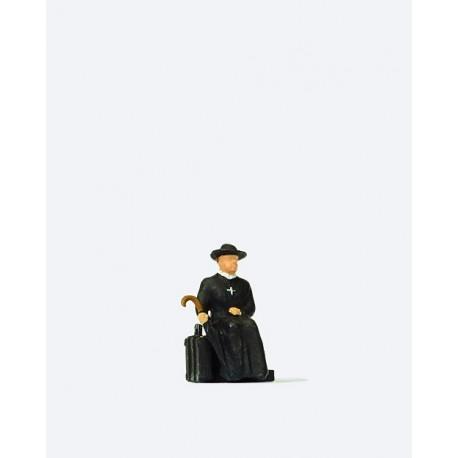 Reverend waiting for the train. PREISER 28105