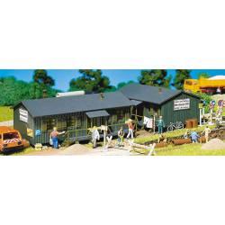 Wooden hut. FALLER 130947