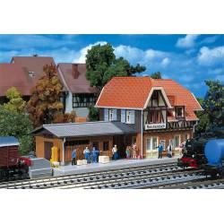 Reichenbach station. FALLER 212104