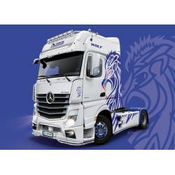 Mercedes Benz Actros MP4 Gigaspace.