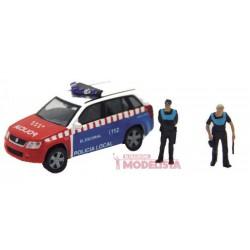 Suzuki Vitara Policía Local de El Escorial y policias.