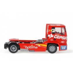 Cabeza tractora MAN del equipo CEPSA.