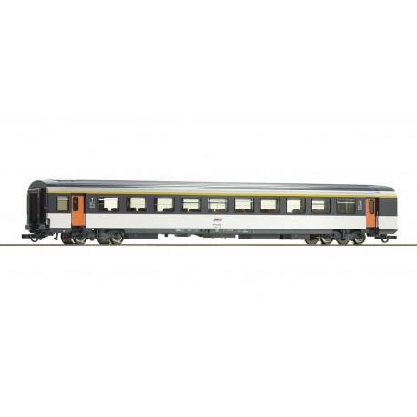 1st class corail open-plan coach, SNCF.
