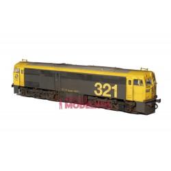 Locomotora diesel 321.025, RENFE. Envejecida.