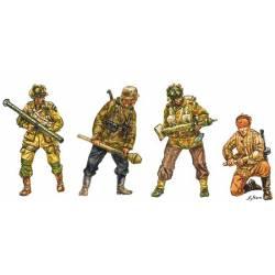 Infantería anticarro de diversos países. ITALERI 6131