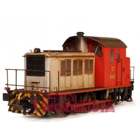Diesel locomotive RENFE 303.049. Weathered.