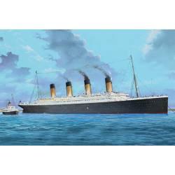 R.M.S. Titanic. Kit con iluminacion interior.