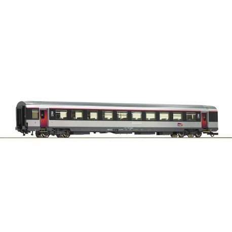 """2nd class open seating coach """"Corail"""", SNCF."""