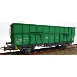 """RENFE open wagon """"X3"""" with gravel load."""