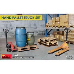 Hand pallet truck set.