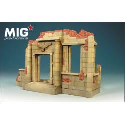 Edificio alemán en ruinas. MIG 72-081
