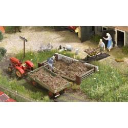 Compost Pile. BUSCH 1526