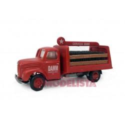 Camión Ebro B45 de reparto.