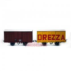Set closed wagons, Kv 4624 + 4609.