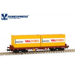 """Wagon CP Sgs, with """"RAÇOES VALOURO"""" containers."""