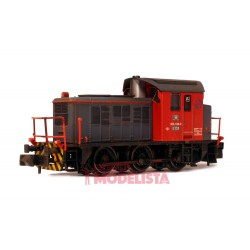 Locomotora diésel 303.139, RENFE. Envejecida.