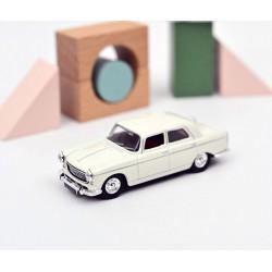 Peugeot 404, 1968. Courchevel white.
