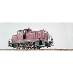 Diesel locomotive 261.660, DB. Steam and sound.