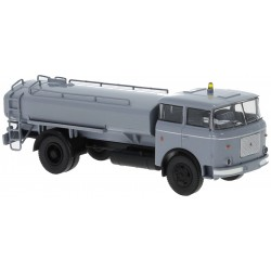 Camión LIAZ 706 PP-SZ.