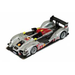 Audi R15 TDI. Le Mans 2009. IXO LMM161
