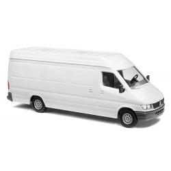 Mercedes-Benz Sprinter, blanca.