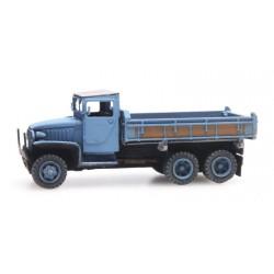 Camión volquete GMC 353.