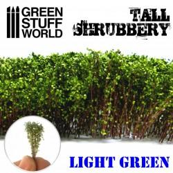 Arbustos altos , verde claro.