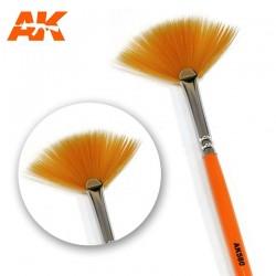 Fan shape weathering brush.