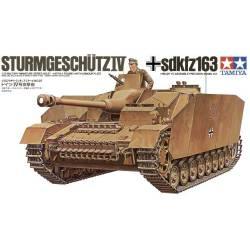 German Sturmgeschutz IV (Sd.Kfz.167). TAMIYA 35087