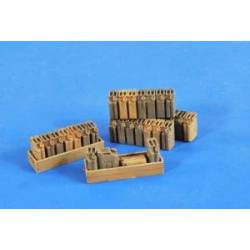 Jerry can stacks and vehicle racks. VERLINDEN 2579