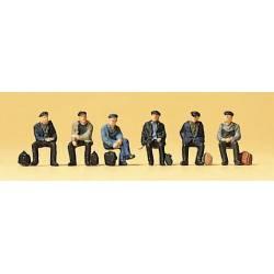 Obreros sentados. PREISER 79125