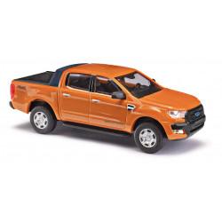 Ford Ranger, naranja.