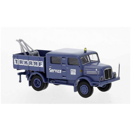 "Tow truck IFA S 4000-1 ""TAKRAF""."