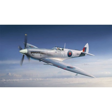 Supermarine Spitfire Mk. VII. WWII. ITALERI 1318