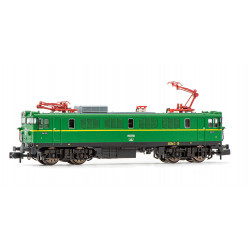 Electric locomotive RENFE 7902, green livery.