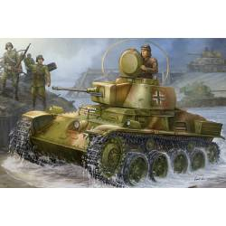 Hungarian Light Tank 38M Toldi I. HOBBY BOSS 82477