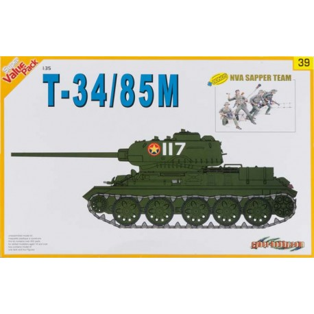 T-34/85M and NVA sapper team. DRAGON 9139
