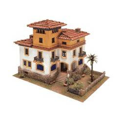 Colonial house. DOMUS KITS 40957