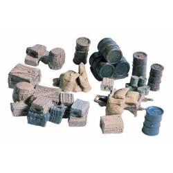 Crates, barrels and sacks.