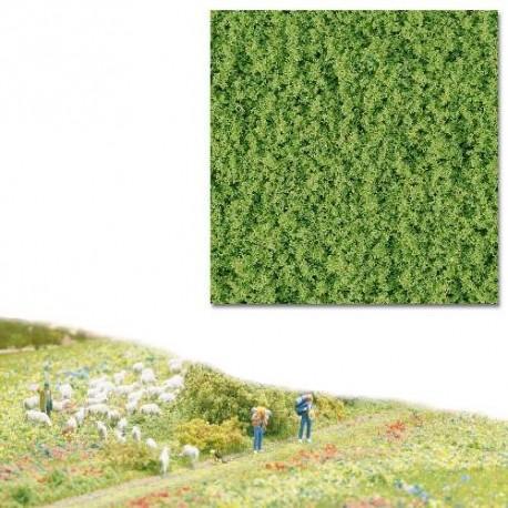 Flocado grueso verde intenso. BUSCH 7337