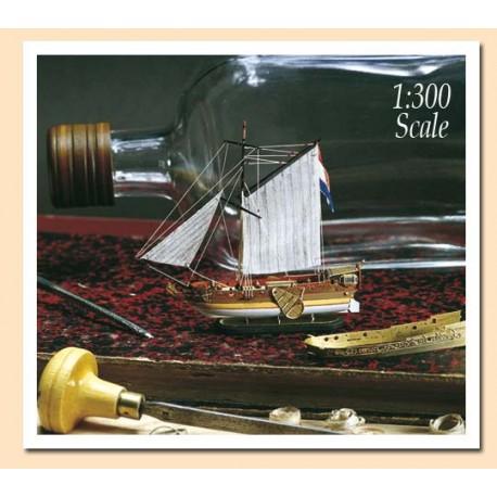 Golden Yacht. Barco en botella. AMATI MODELS 1350