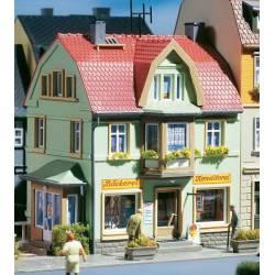 Casa con panadería. AUHAGEN 12247